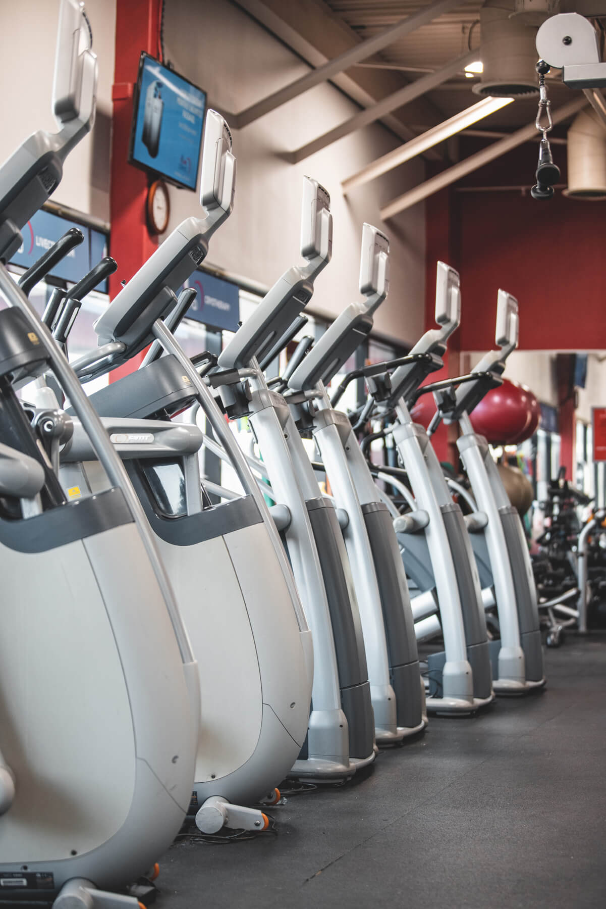 An Image of the Troy, MI Powerhouse Gym Location