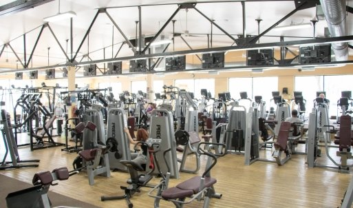 An Image of the St Clair Shores, MI Powerhouse Gym Location