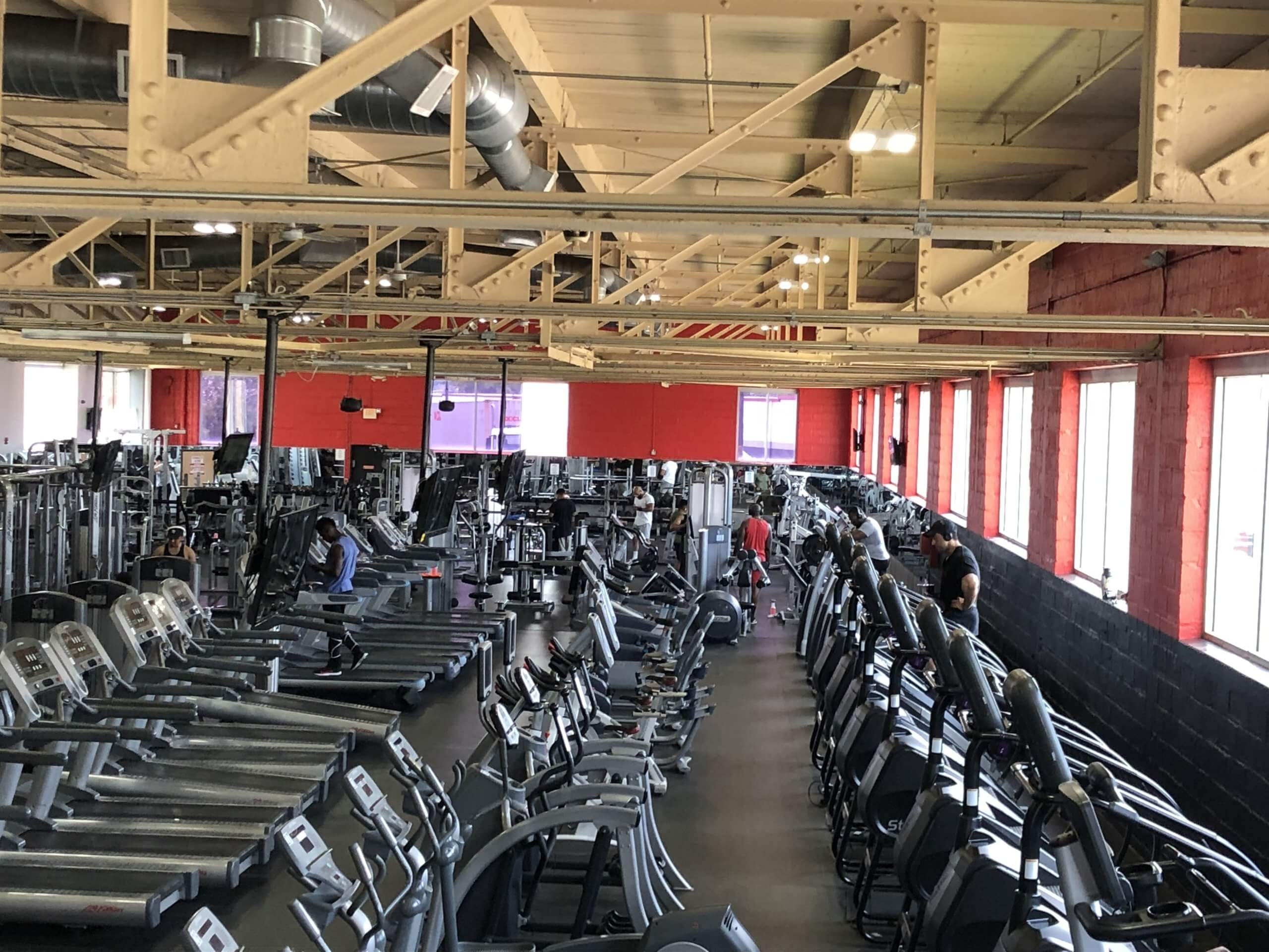 An Image of the Linden, NJ Powerhouse Gym Location