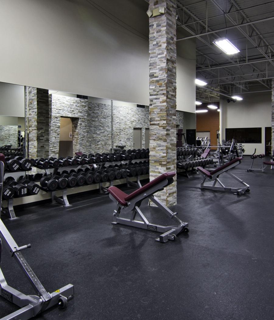 An Image of the South Lyon, MI Powerhouse Gym Location