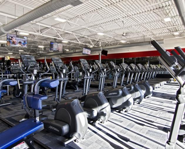 An Image of the Clinton Township, MI Powerhouse Gym Location