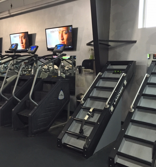 An Image of the North Canton, OH Powerhouse Gym Location