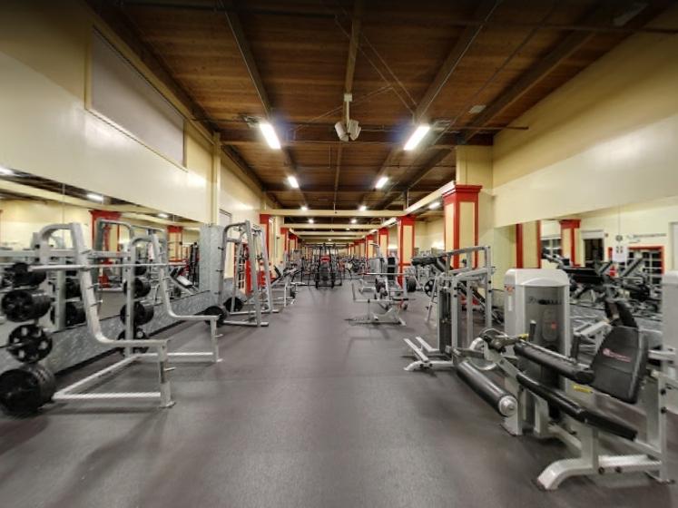 An Image of the Aiea, Honolulu, HI Powerhouse Gym Location