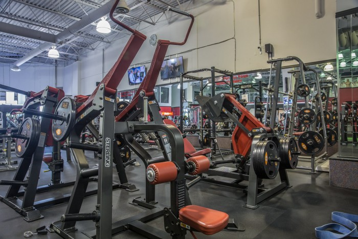 An Image of the Aldergrove, BC Powerhouse Gym Location