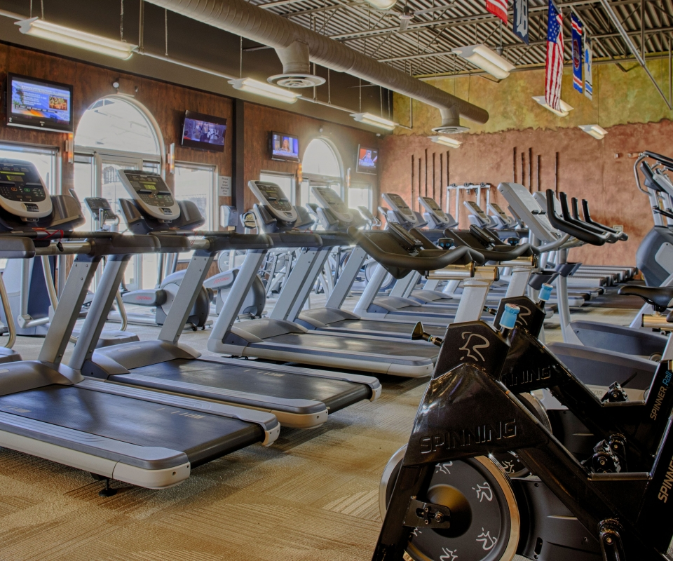 An Image of the Shelby Township, MI Powerhouse Gym Location